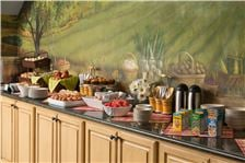 Lake Opechee Inn and Spa Amenities - Breakfast